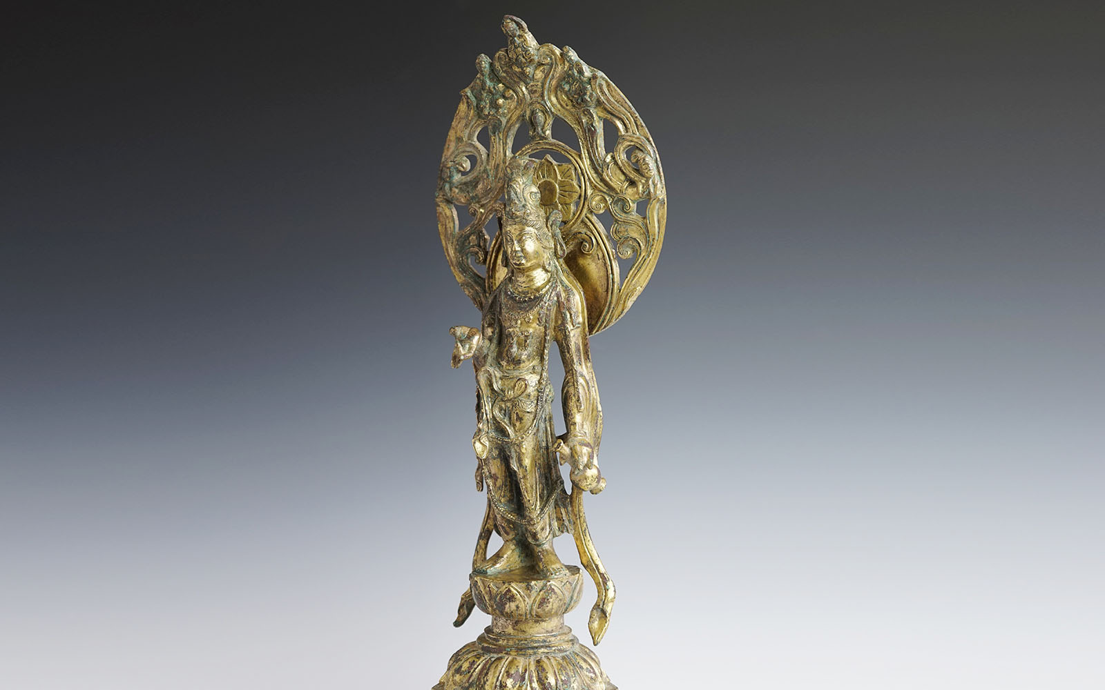 唐 銅鎏金立觀音 Gilt-bronze Avalokitesvara bodhisattva, Tang dynasty (618-907 CE), h32cm